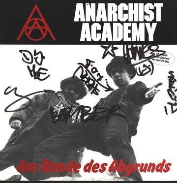 Anarchist Academy: Am Rande Des Abgrunds